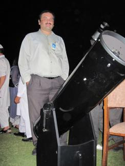 Saqib Sajjad (Late) with his Zhumell 10